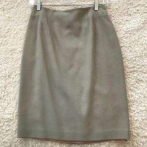 Ellen Tracy Light Beige Skirt